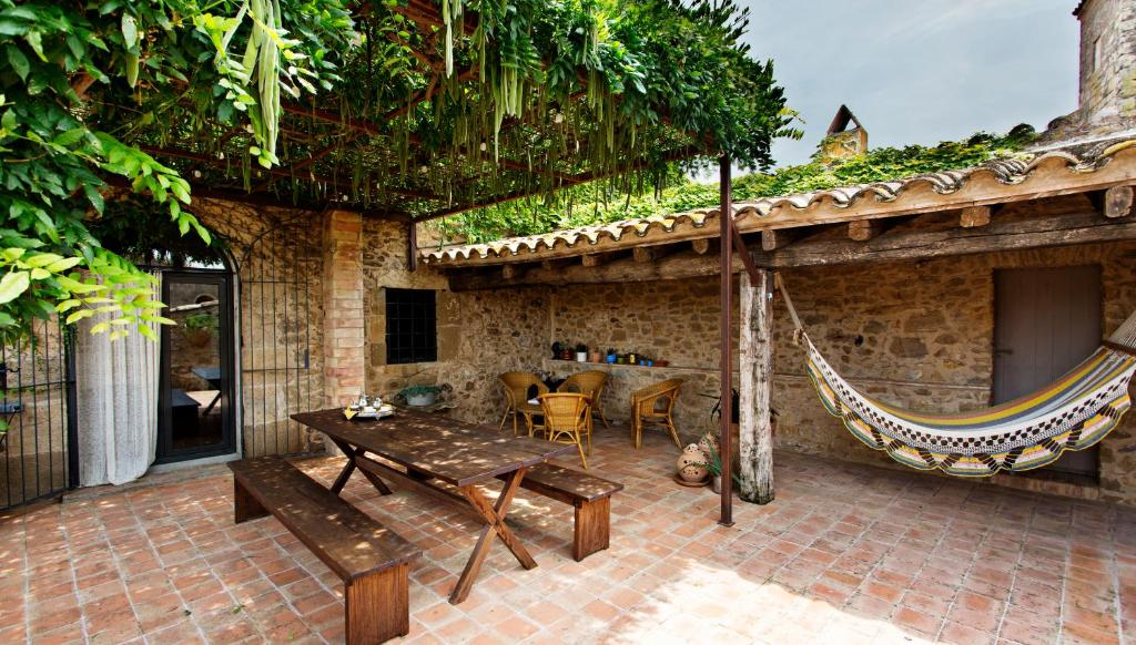 hotels with  charm in casavells  4