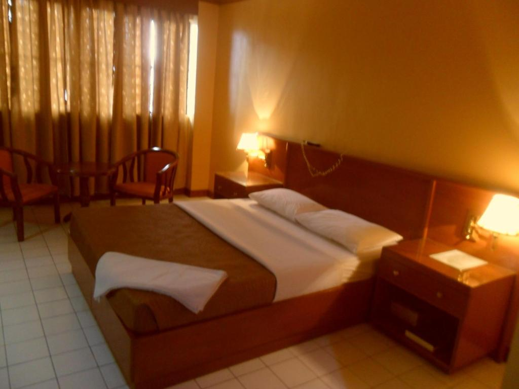Hotel Soriente Manila Philippines Bookingcom - Hotels near us embassy manila