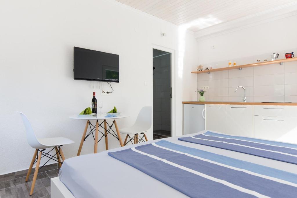 Apartments Kaja