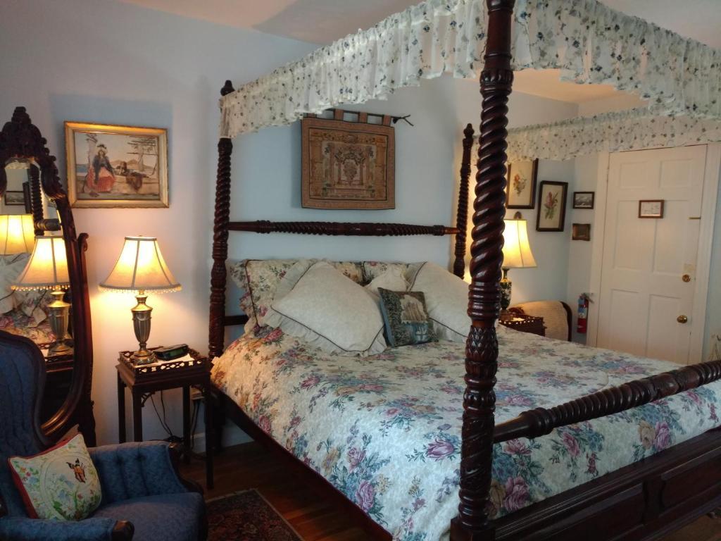 breakfast bed gallery ri reviews bedding house tripadvisor and prices pilgrim decoration bedroom b htm inn bb newport