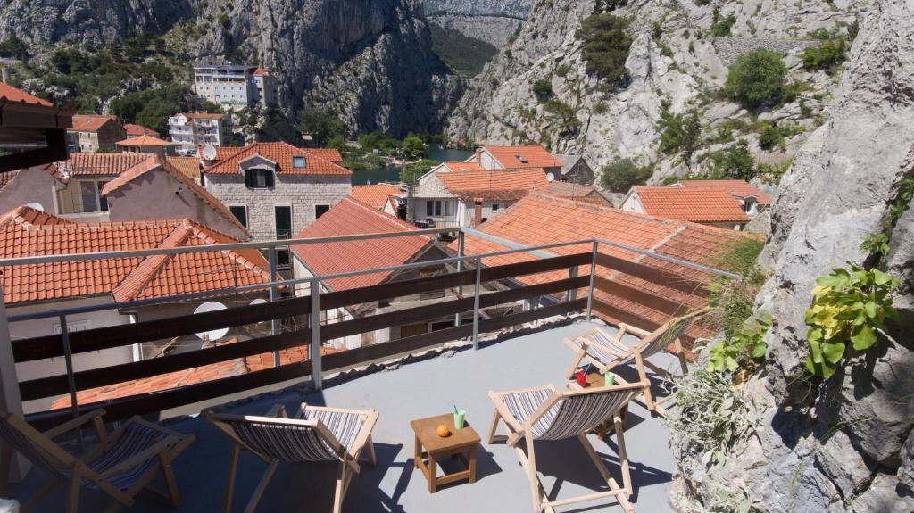 A bird's-eye view of Hostel Omiš