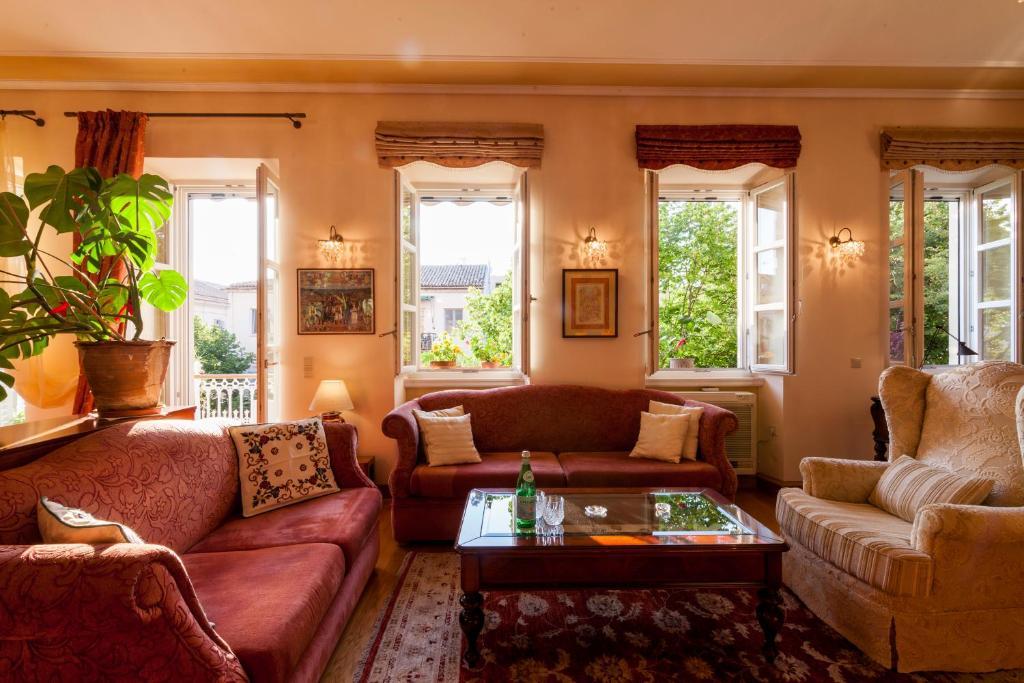 Corfu Town Luxury Jakuzzi House / Royal Gate, Corfu Town – Updated ...