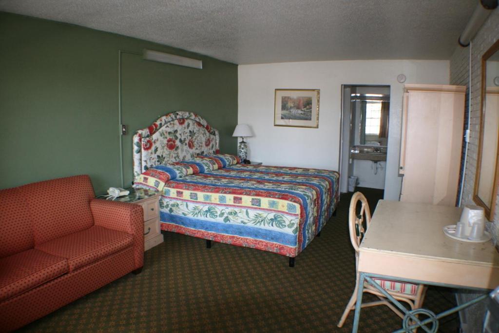 Budget Inn - Charlotte NC - Booking