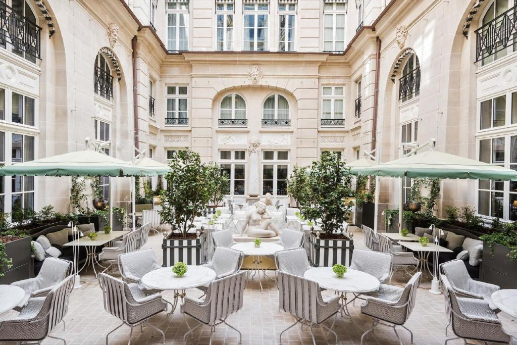 Hotel de crillon paris tarifs 2018 for Hotel design 2h de paris