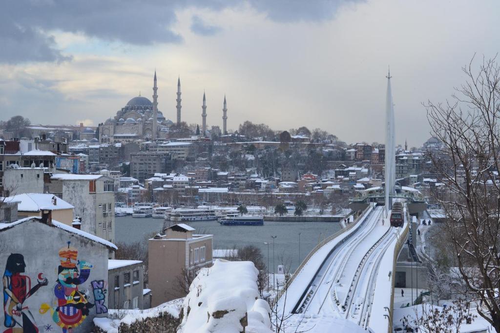 Blue Istanbul Hotel Taksim Turkei Istanbul Booking Com