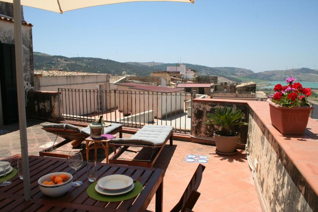 Apartment La terrazza, Sambuca di Sicilia, Italy - Booking.com