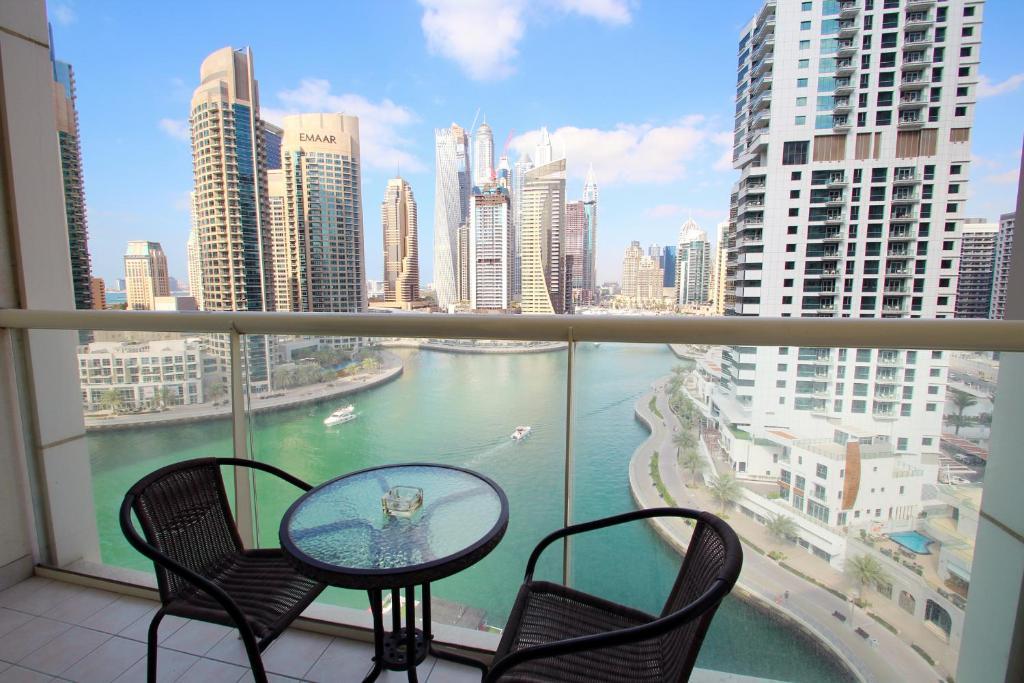Apartment Kennedy Towers Marina View Towers Dubai Uae Booking Com