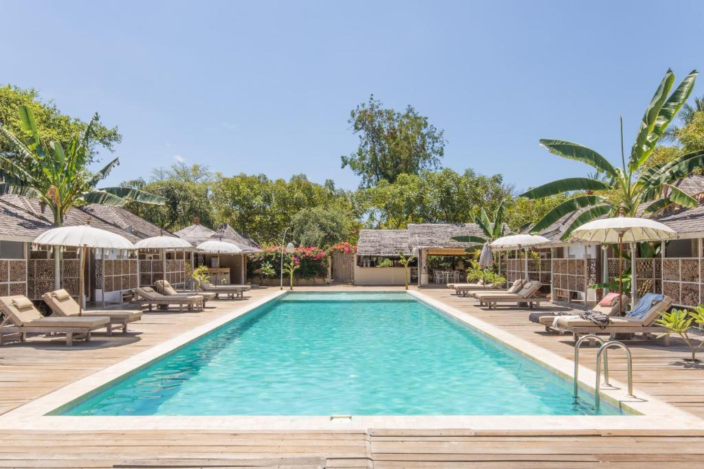 The swimming pool at or close to Les Villas Ottalia Gili Meno