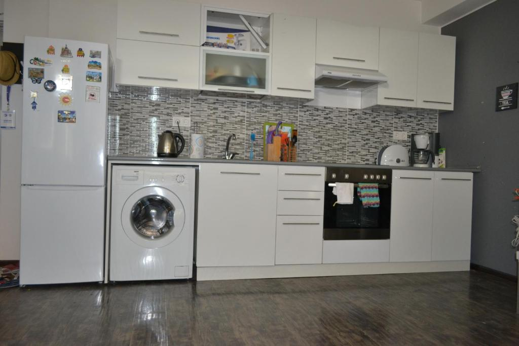 Lily\'s Studio Apartment in Downtown (Armenien Yerevan) - Booking.com