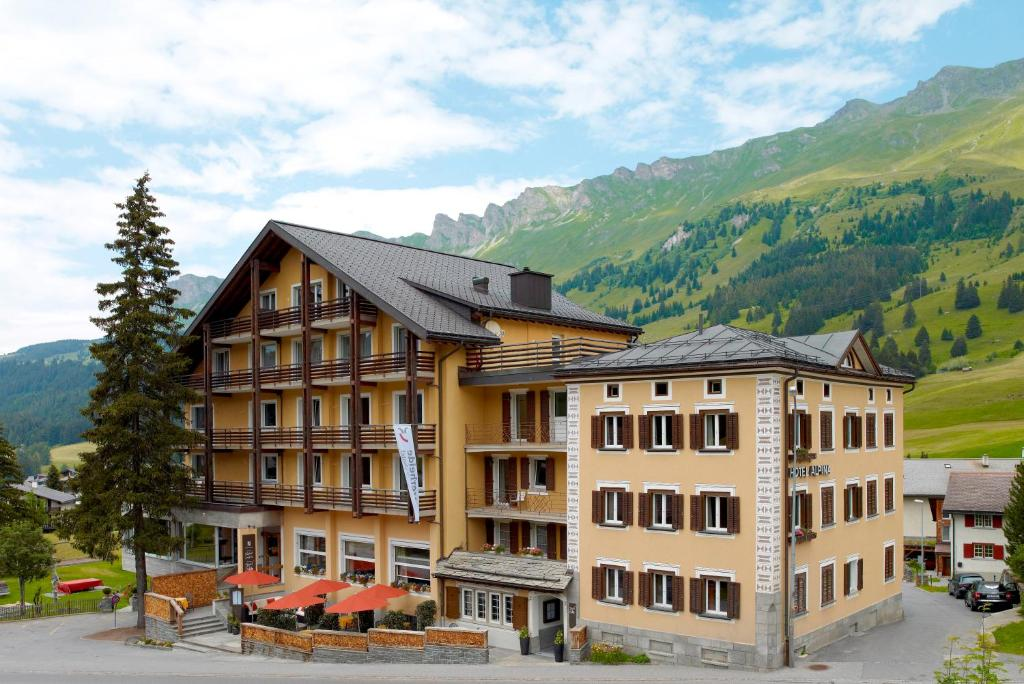 Hotel Alpina Parpan Switzerland Bookingcom - Alpina hotel switzerland