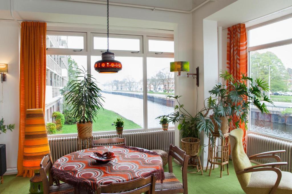 Monumentaal vintage appartement (Nederland Groningen) - Booking.com