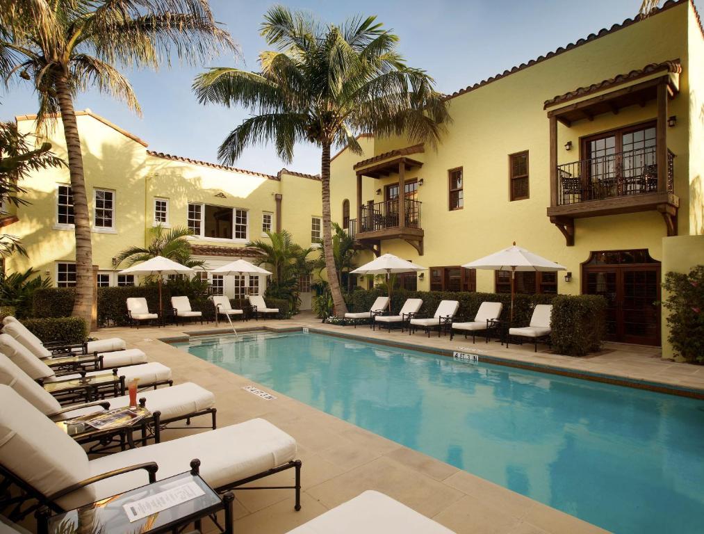 the brazilian court hotel palm beach fl. Black Bedroom Furniture Sets. Home Design Ideas