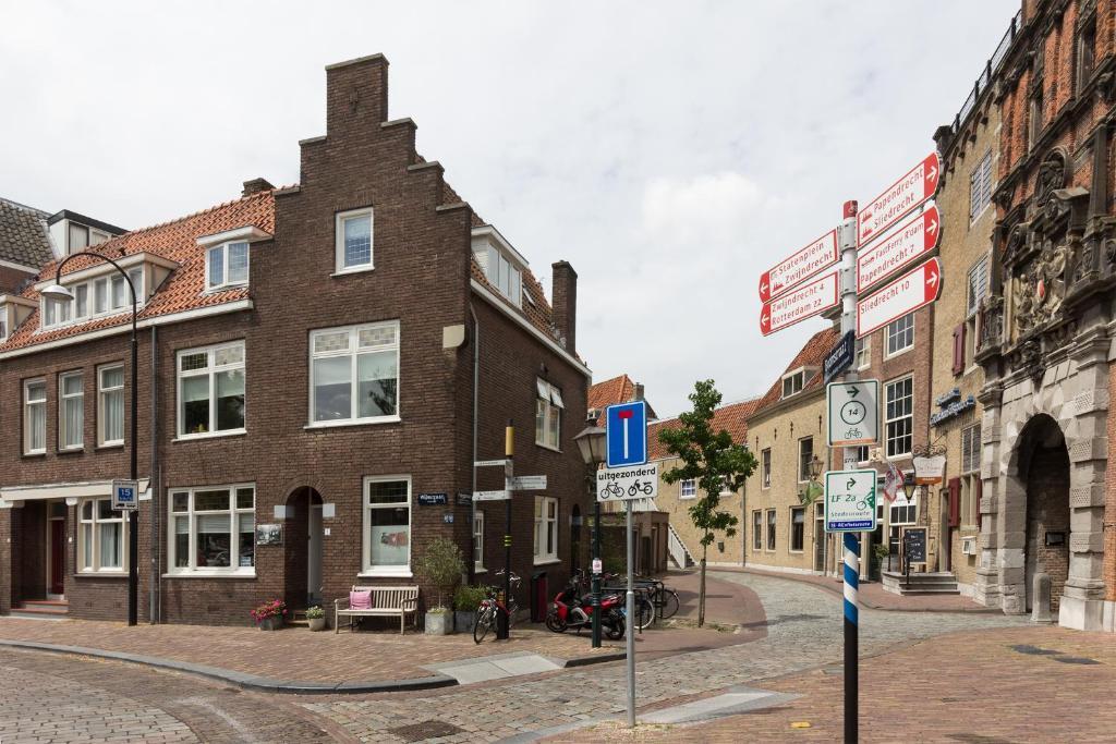 Apartment Divino, Dordrecht, Netherlands - Booking.com