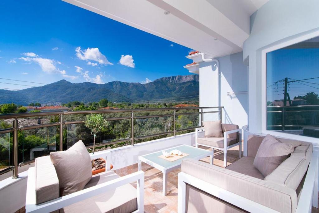 A balcony or terrace at Olive Garden Villas