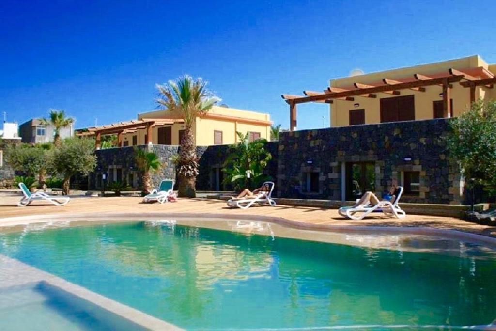 Kazzen Case Vacanze, Pantelleria, Italy - Booking.com