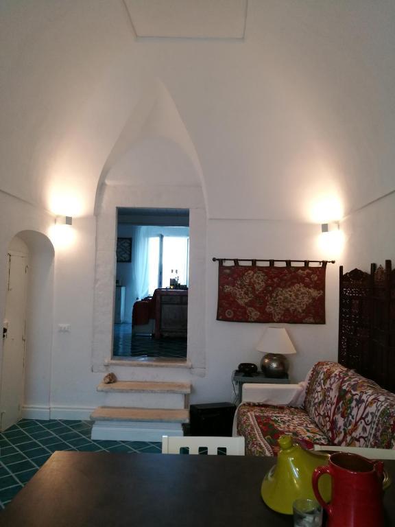 Case arredate da architetti famosi case arredate con for Case realizzate da architetti