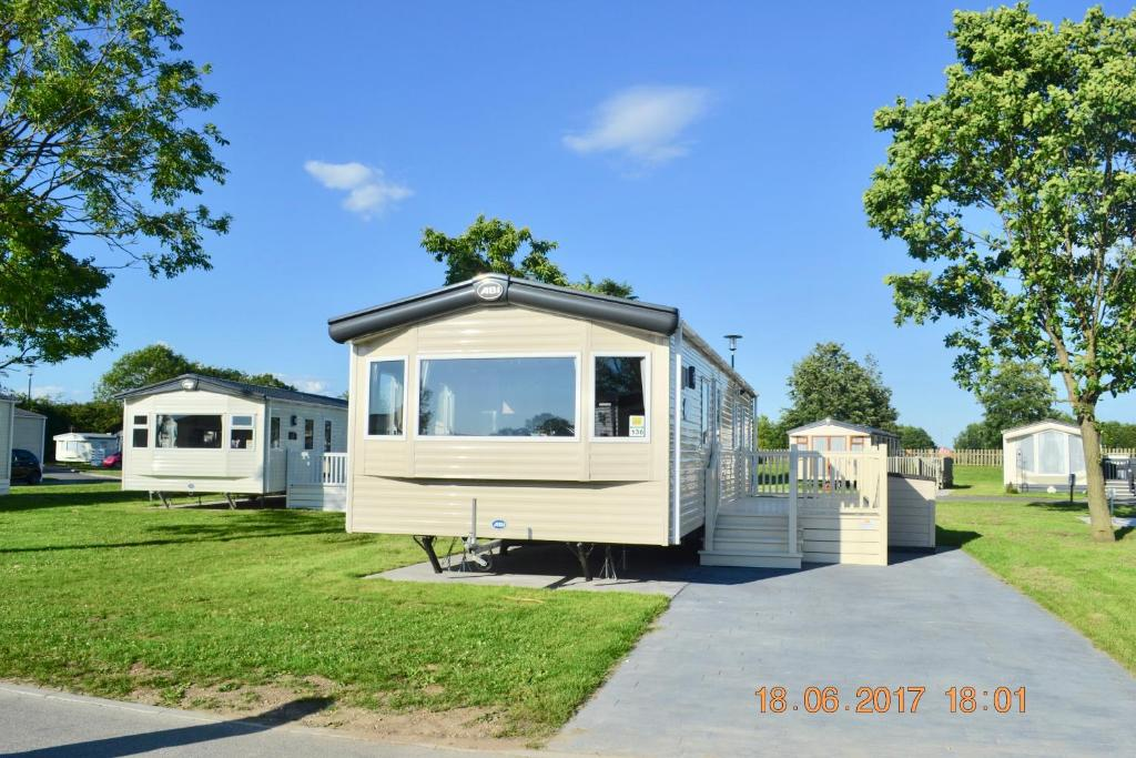 Campsite ReServed Woodlands Caravan Kirby Misperton UK