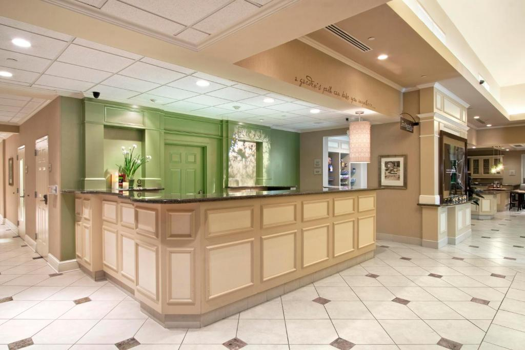 gallery image of this property - Hilton Garden Inn Ridgefield Park