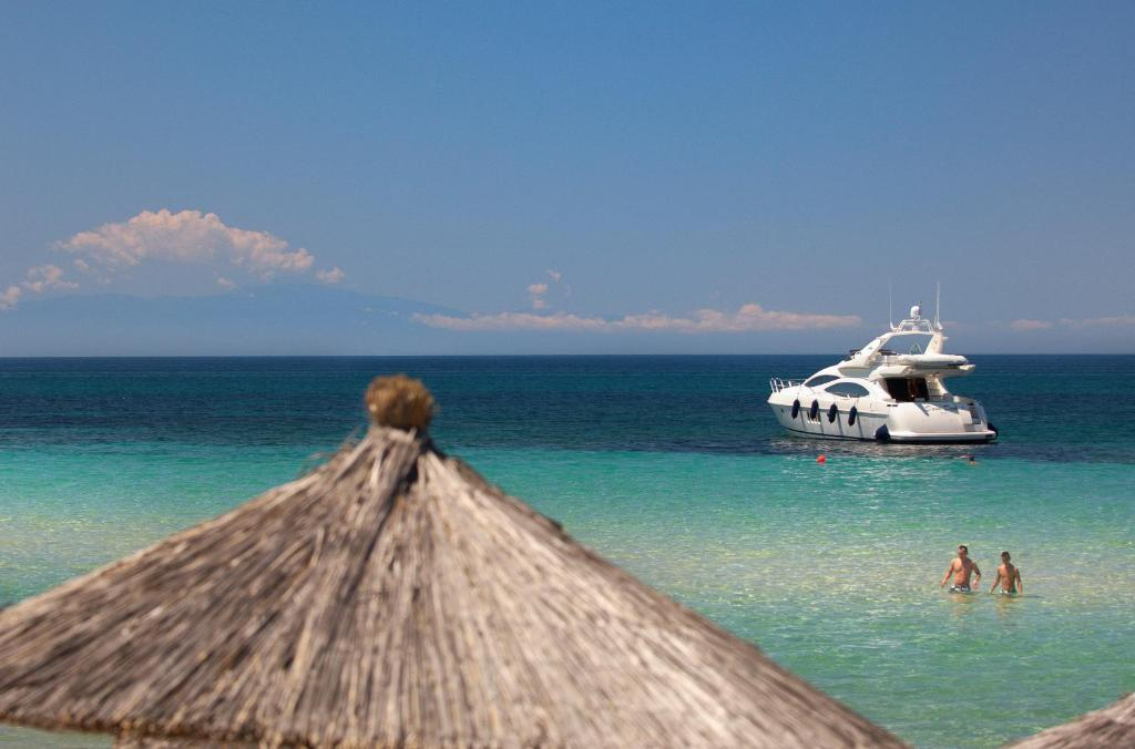 Где виллу для отдыха остров Потидея