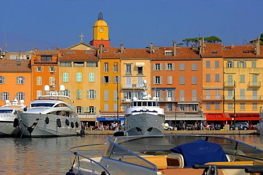 Holiday Home Maison Du Puits Saint Tropez France Bookingcom
