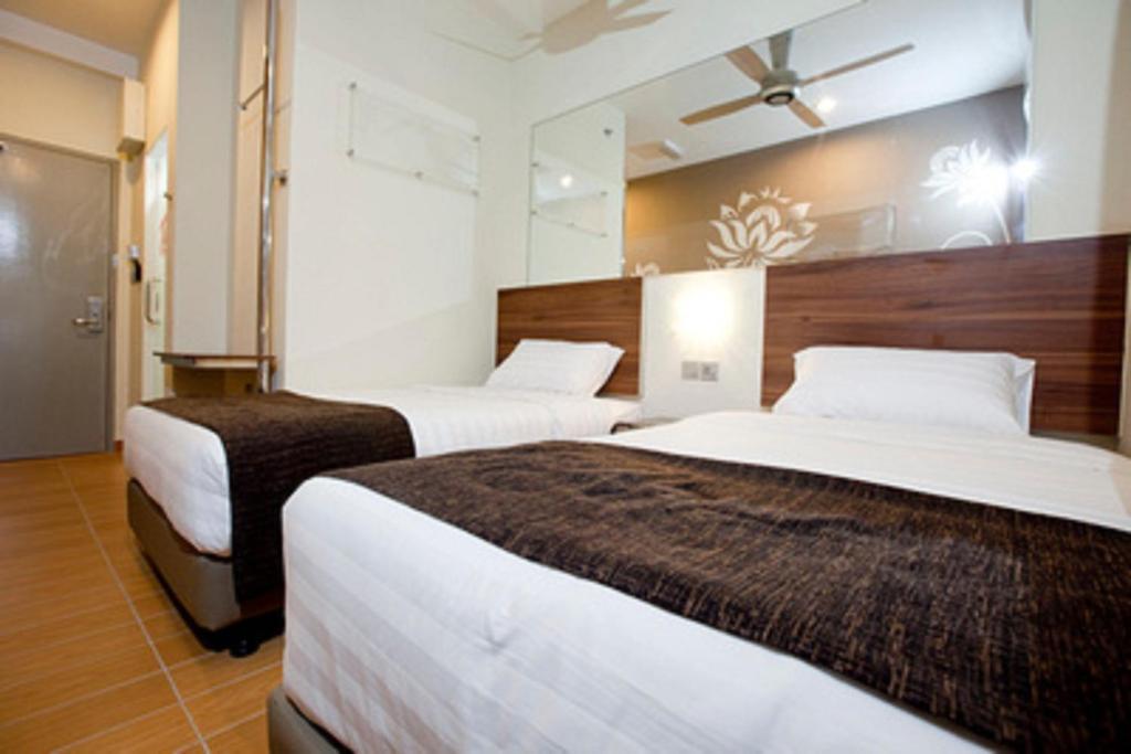 description of tune hotel