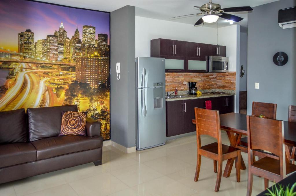 Moderno condominio Mazatlan, Mazatlán – Precios mayo 2018