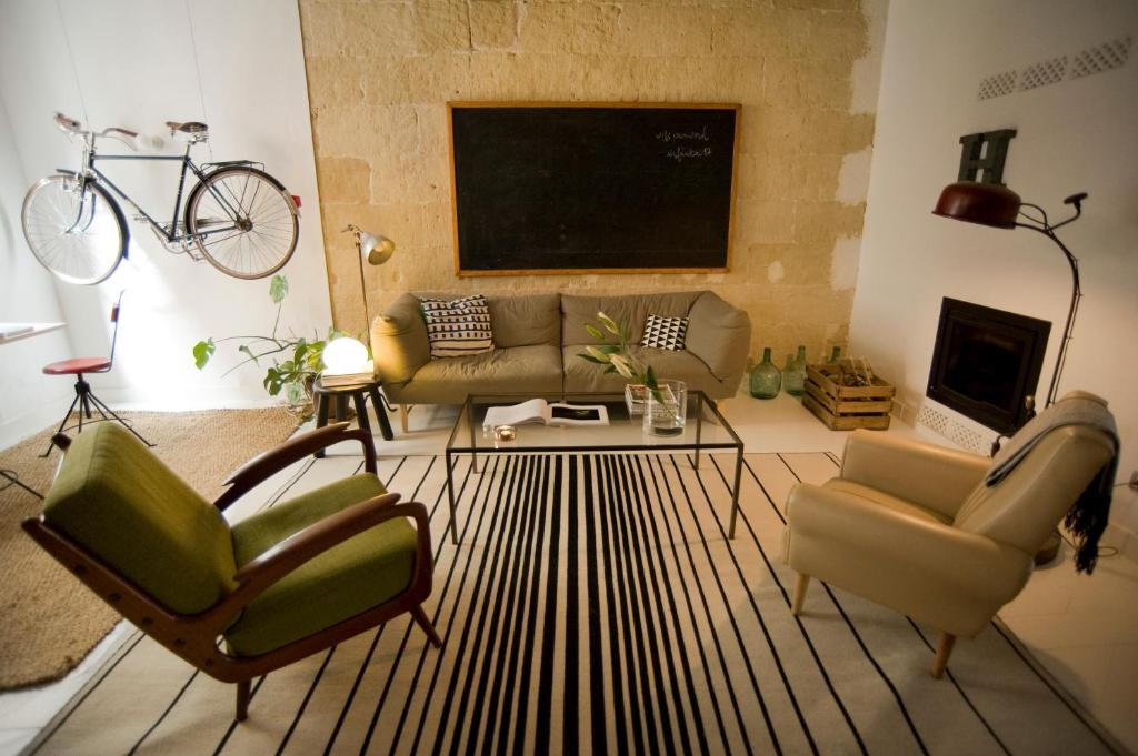 boutique hotels mahon  59