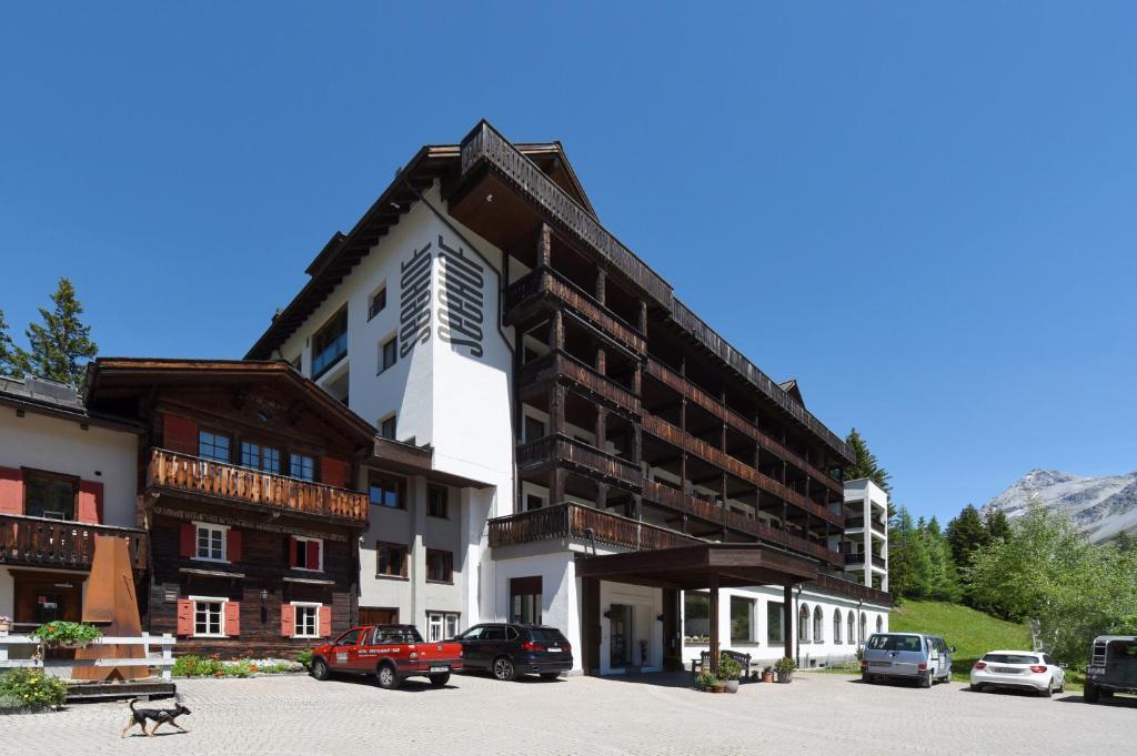 Hotel SeehofArosa Switzerland Bookingcom