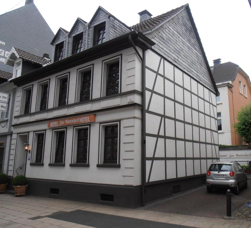 Hotel zur rutenbeck wuppertal germany for Hotel wuppertal