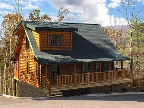 Vacation home the great escape cabin sevierville tn for The great escape house