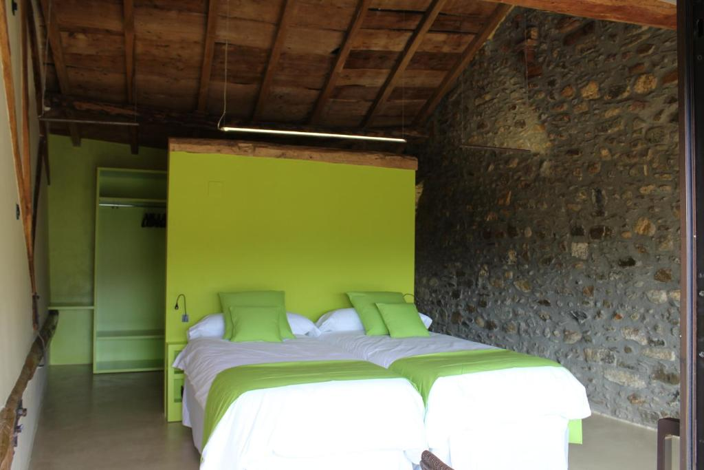 boutique hotels in girona  184