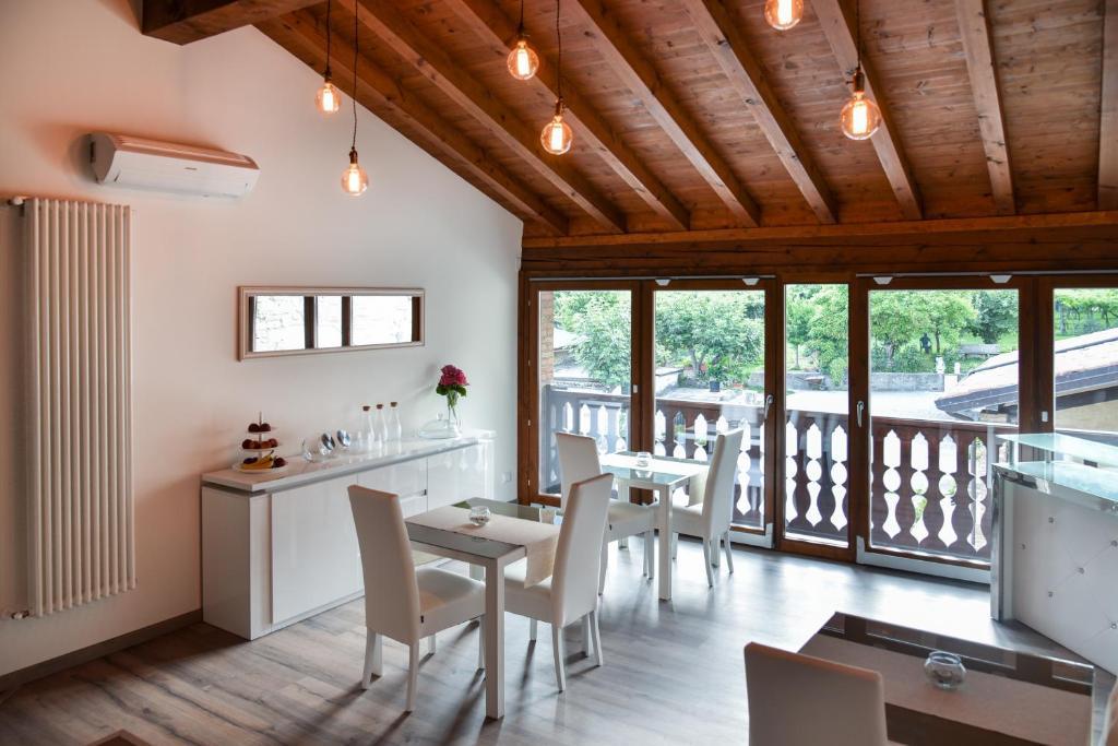 La terrazza sulle vigne B&B, Corte Franca, Italy - Booking.com