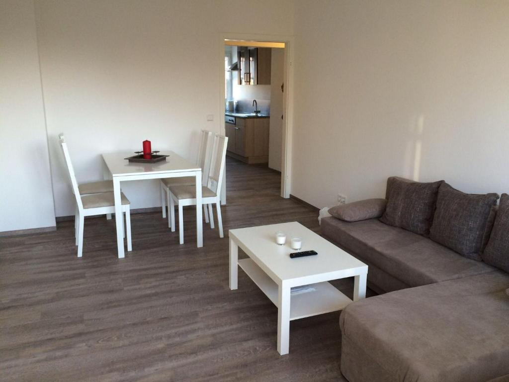 single singles first buchloe apartment gmbh greifswald  First single apartment gmbh greifswald - Dating-Portal.