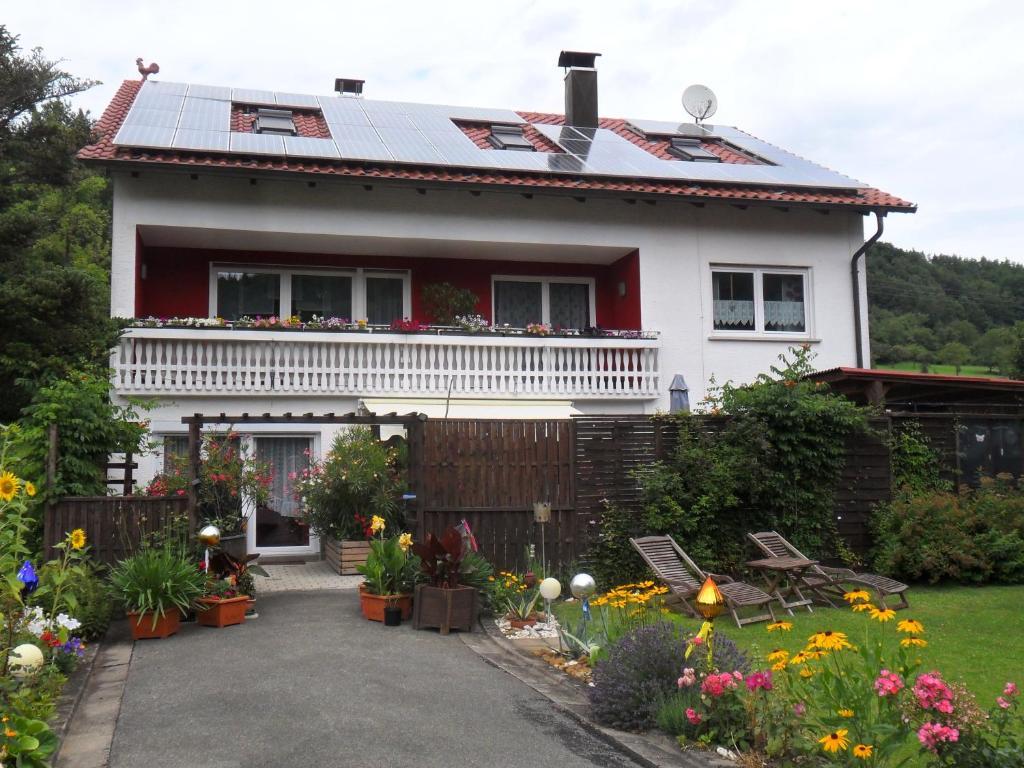 Apartment Haus Heidi, Ebensfeld, Germany - Booking.com