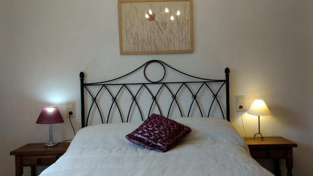 Apartamentos El Dorado, Miami Platja, Spain - Booking.com