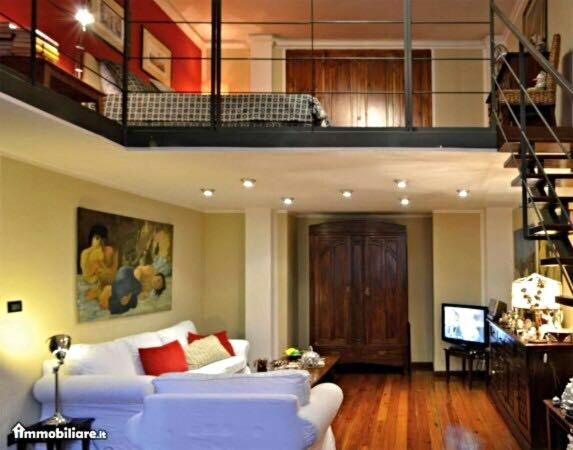 Apartment loft charme san salvario turin italy for Hotel san salvario torino