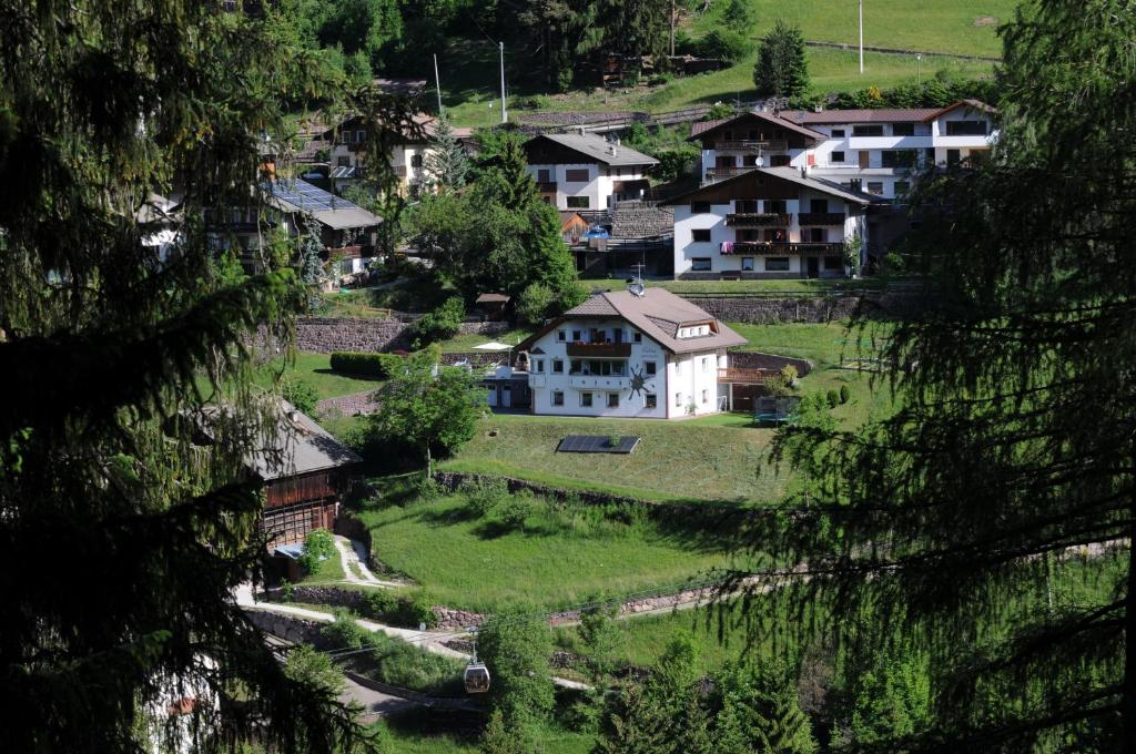 Apartments Dolina, Ortisei, Italy - Booking.com