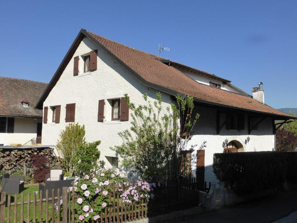 Apartments In Puthier Rhône-alps