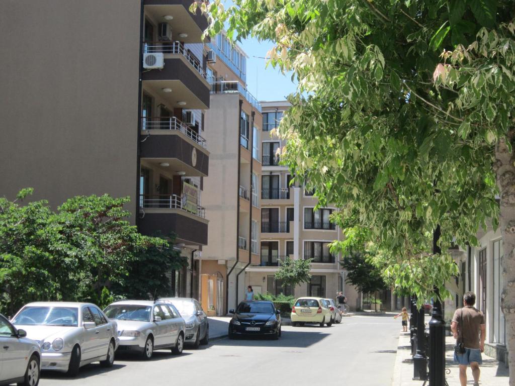 Апартамент Lubo - Поморие