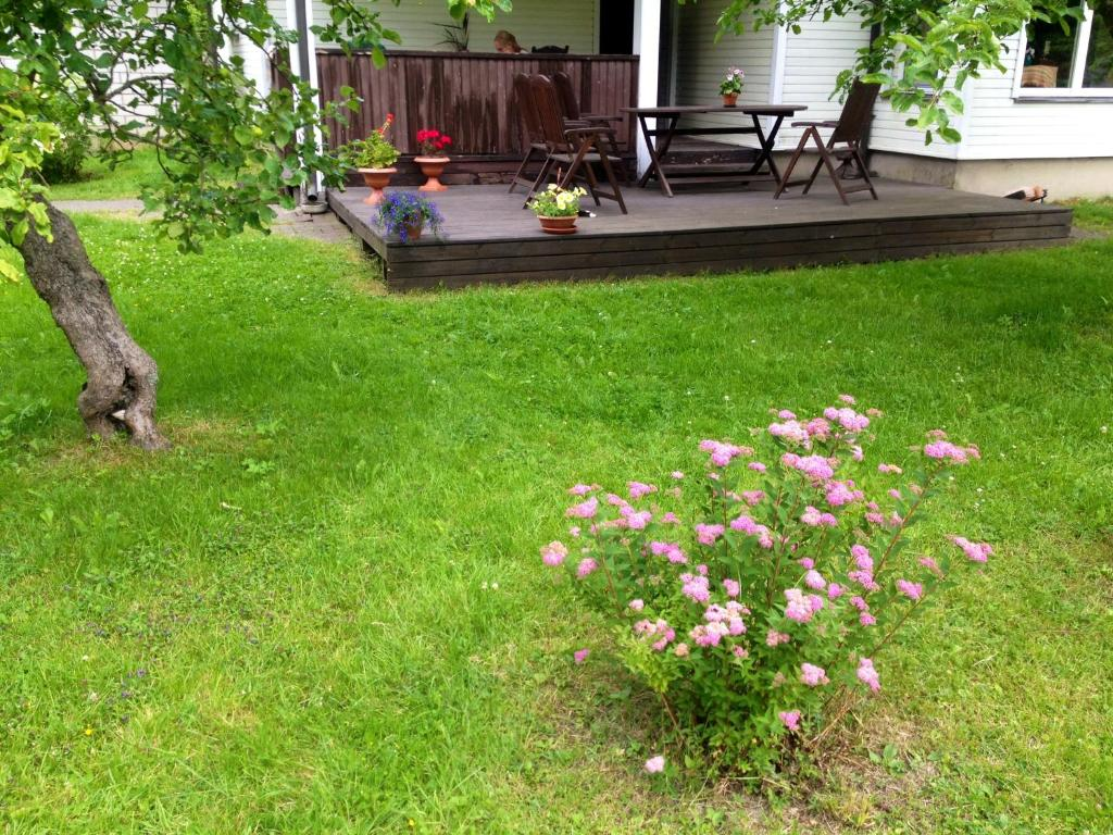 gallery image of this property - Little Garden