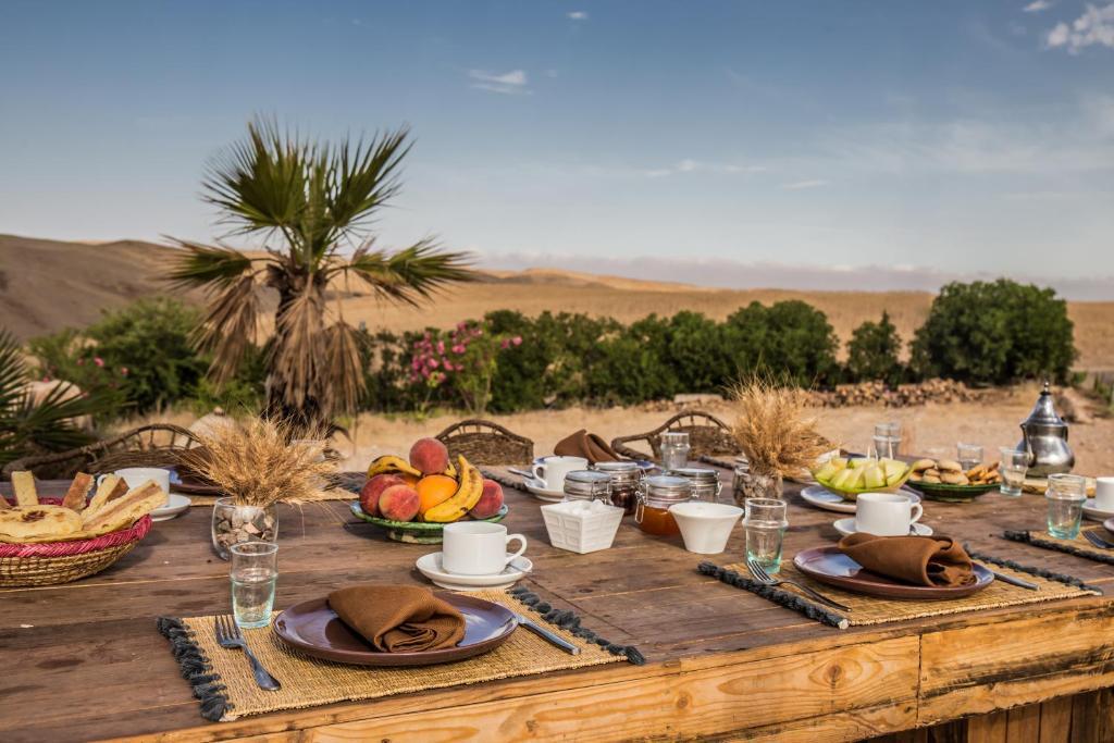 Sonnenschirm Balkon Terre Konzept   Hotel Terre Des Etoiles Marokko Mohammed Ben Abdarrahmane