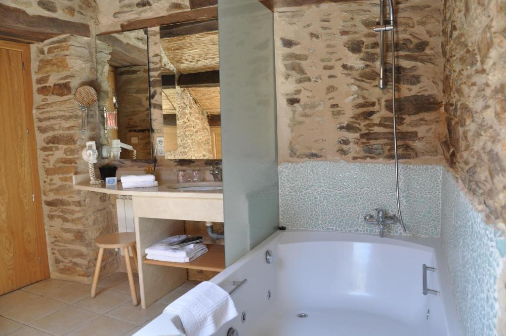 boutique hotels in zamora  11