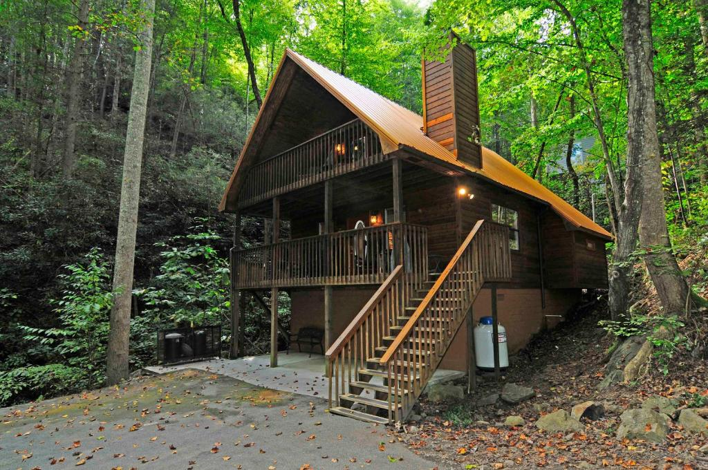 getaways forge resort tn cabins cheap texas springs for apartment gatlinburg kerala bedroom cabin tennessee secluded hills plans one rent usa under house used rentals honeymoon elk floor romantic portable pigeon buckhaven in suites inspired