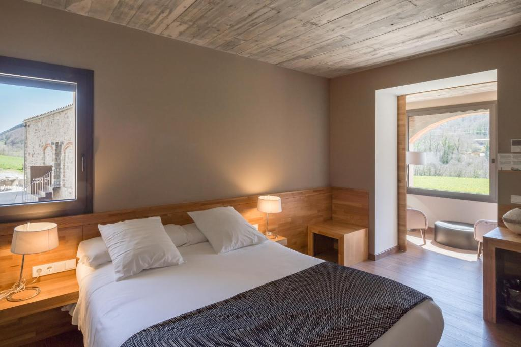 boutique hotels in girona  325