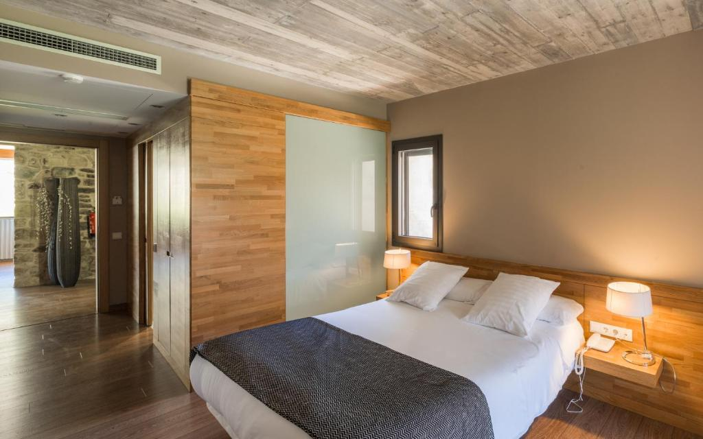 boutique hotels in girona  319