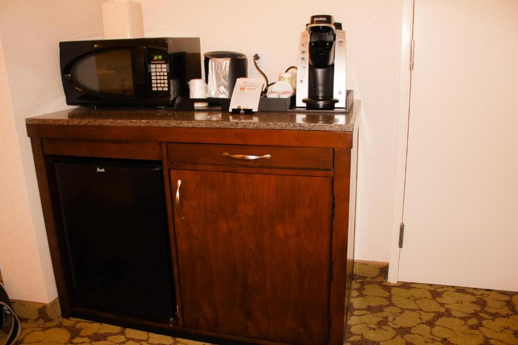 Hilton Garden Inn Redding Reserve Now. Gallery Image Of This Property ... Nice Look