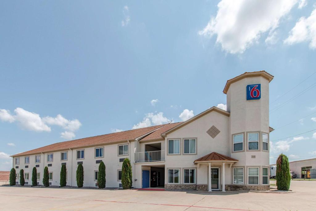 motel 6 hutchins tx booking com rh booking com