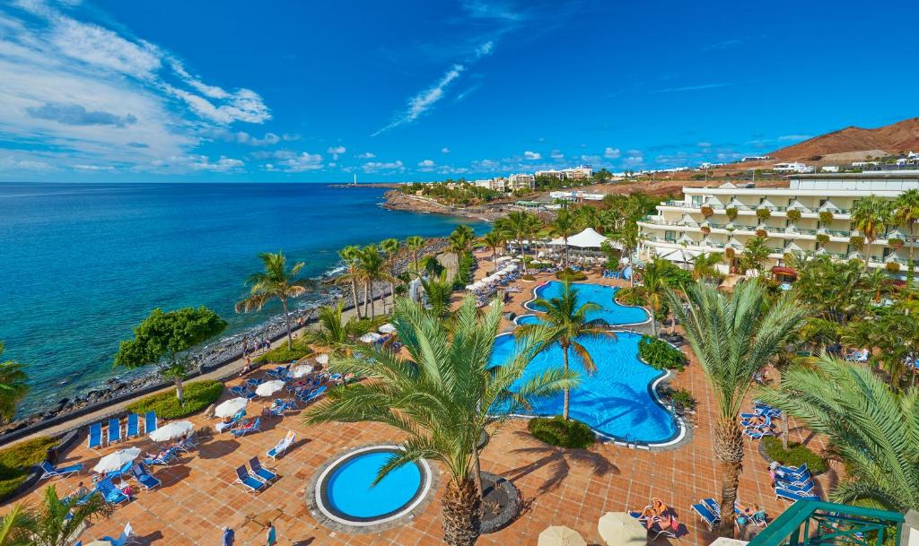 A bird's-eye view of Hipotels Natura Palace Adults Only
