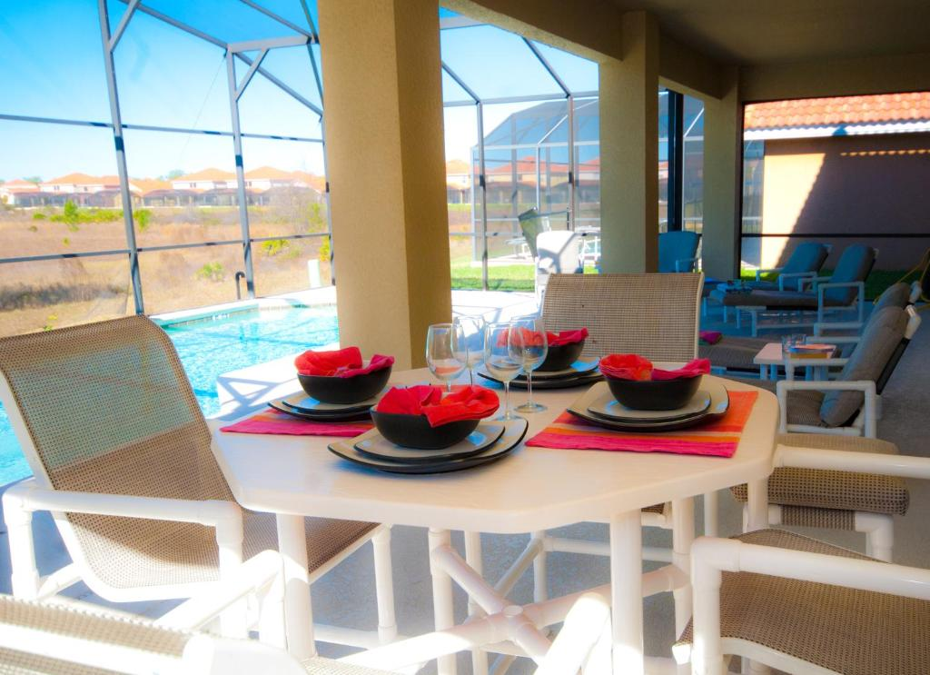 Bedroom Vacation Home - Starting at $389 Per Night!