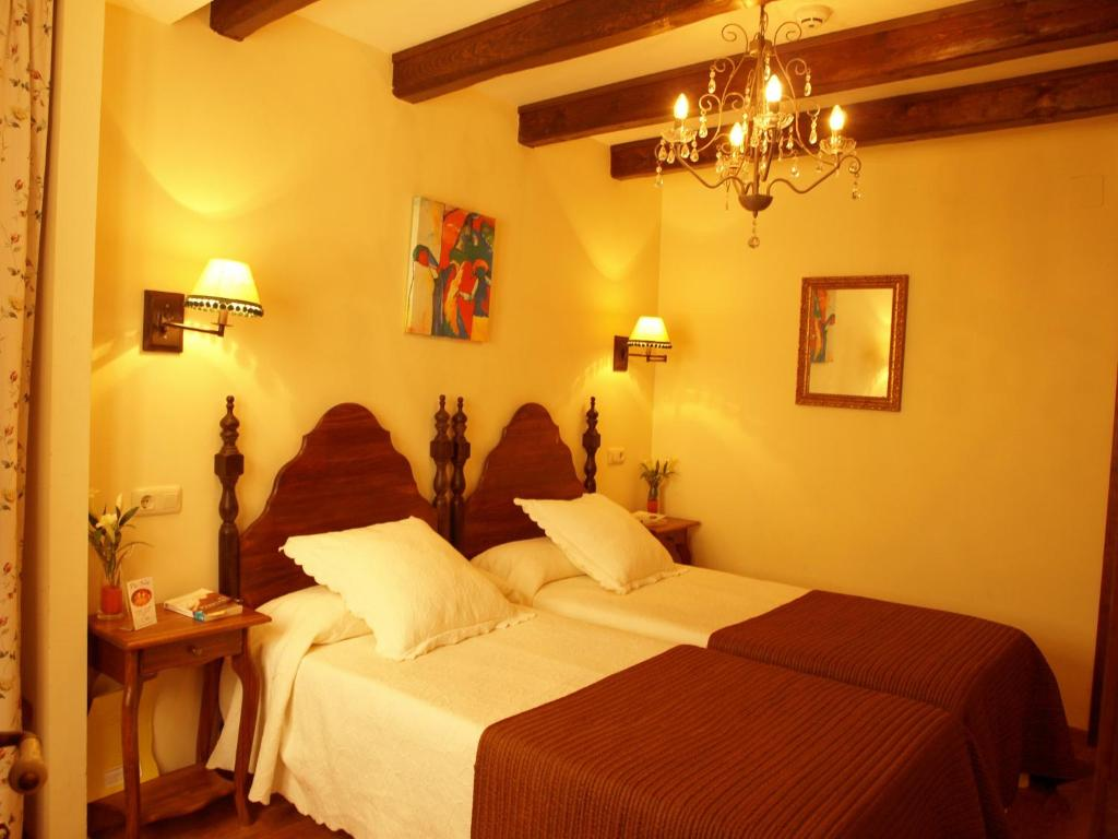 boutique hotels in zaragoza  54